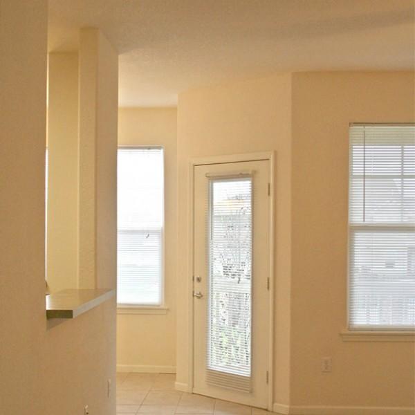 Iwc-apartments-coppercanyon-entry-600x600