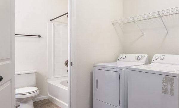 Interior bathroom at Ironwood Court apartment